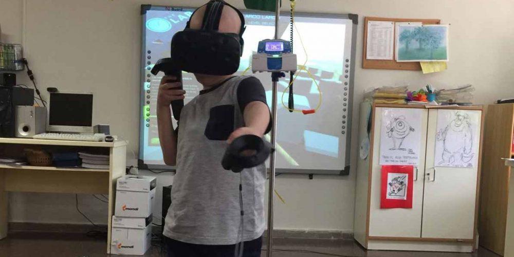 ¡Los niños del Hospital de Alicante prueban la realidad virtual!